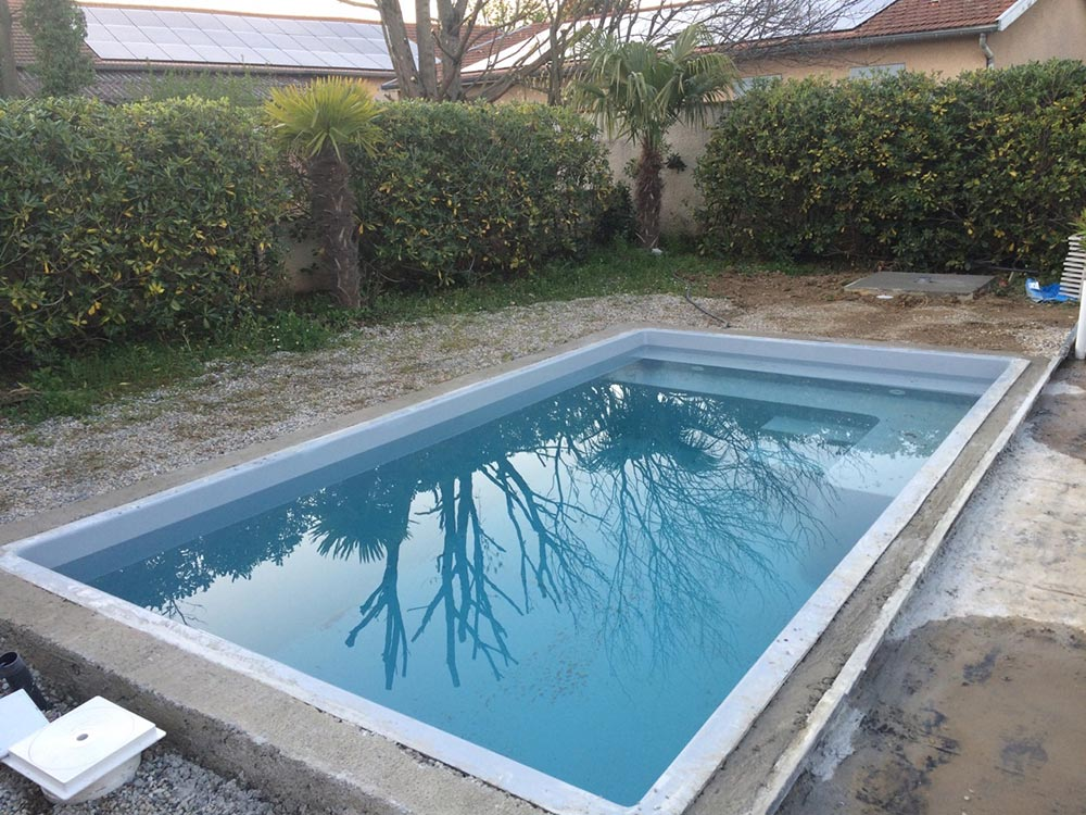 Piscine mini 4 30 x 2 30 x 1 50 m g n ration piscine for Mini piscine coque
